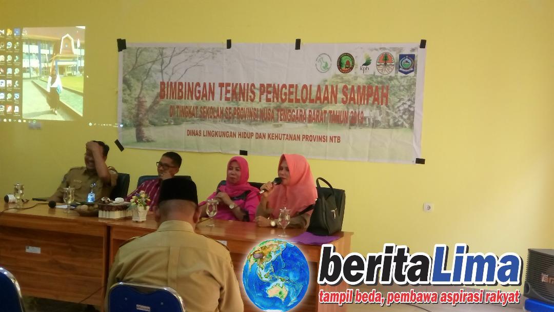 DLH KSB Sosialisasi Dan Edukasi Kepada Kepala Sekolah SMA /SMK se-Kabupaten Sumbawa Barat