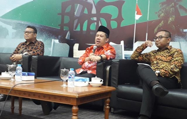 KPU Reduksi Hak Rakyat Mengetahui Isi Kepala Capres dan Cawapres