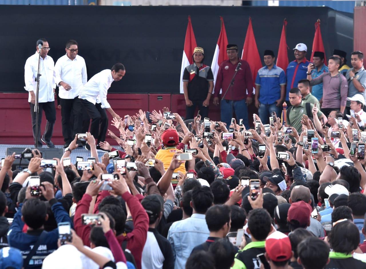 Presiden Jokowi Hadiri Acara Deklarasi Keselamatan Berlalu Lintas