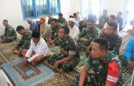 Dandim 0827 Sumenep Sholat Jum'at di Lokasi TMMD