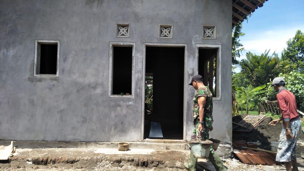 Bu Lila Bahagia Rumahnya dibangun Satgas TMMD Kodim Jember