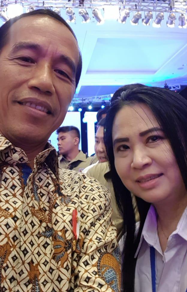 Melalui Kartini Perindo Jatim, Lina Rosita Siap Menangkan Jokowi-Makruf