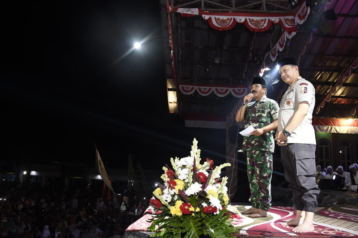 Panglima TNI Silaturahmi di Pondok Pesantren Al-Baghdadi Karawang
