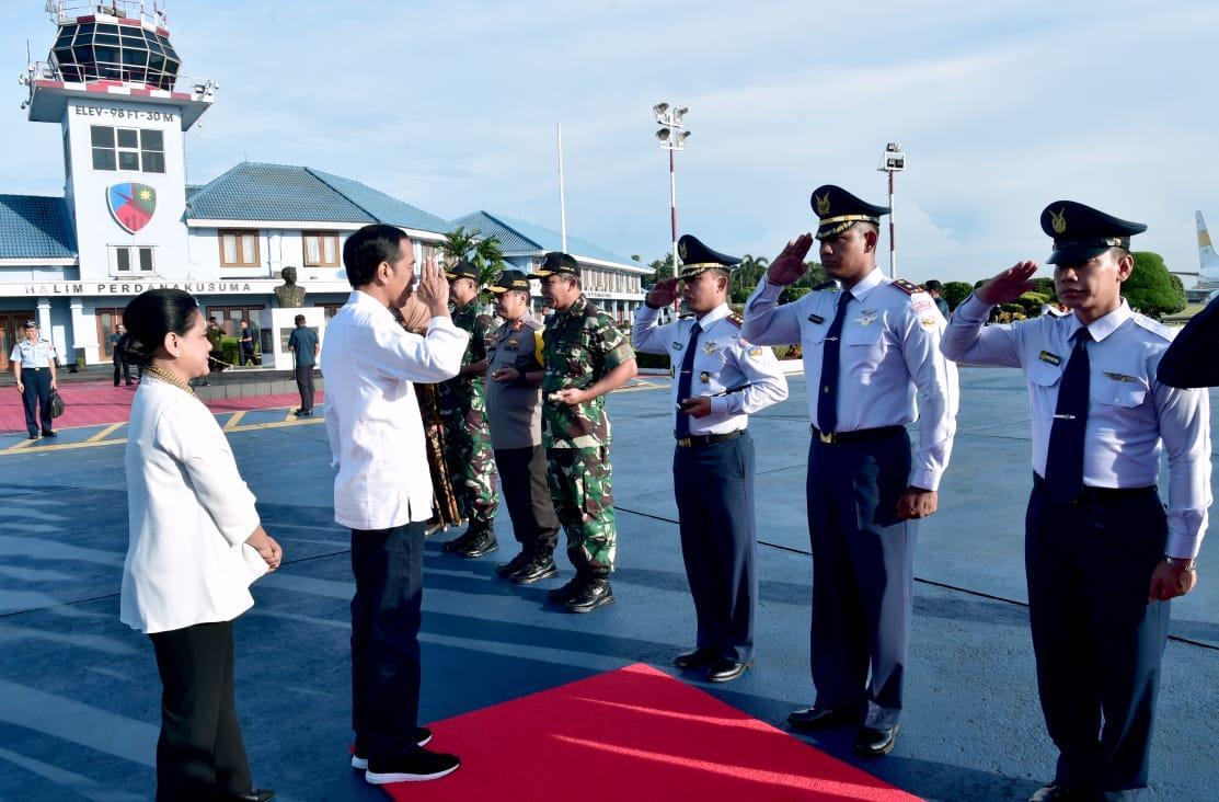 Kunjungan Kerja ke NTB, Presiden Jokowi Tinjau Proses Rekonstruksi Rumah Tahan Gempa