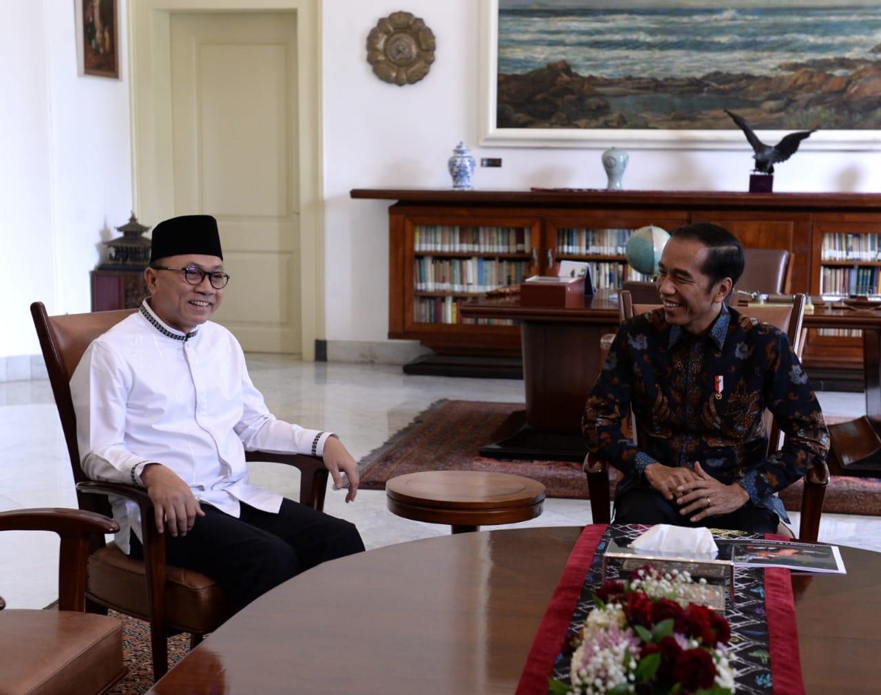 Bertemu Presiden Jokowi, Ketua MPR Ajak Selesaikan Masalah Pemilu dengan Damai dan Dialog