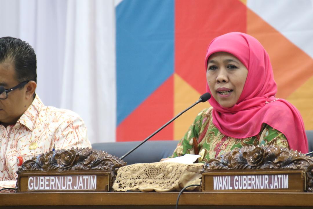Gubernur Khofifah Terus Update Data Laka Laut KM. Arim Jaya