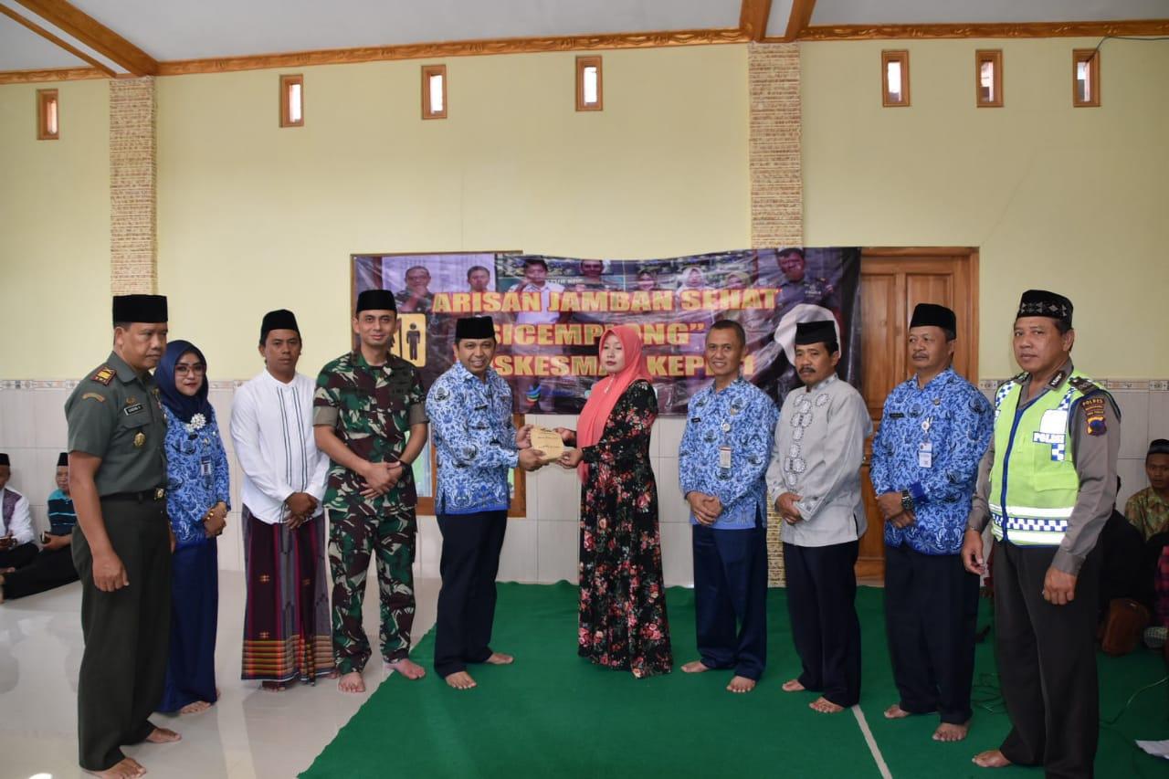 Percepatan ODF, Desa Tegalgot Terima Bantuan 25 juta dan 60 Closet