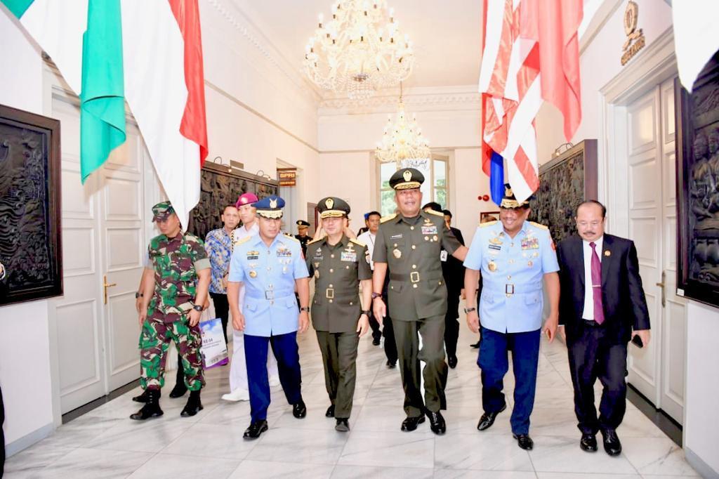 Berita Foto :  Kasum TNI Hadiri HUT Ke-54 Lemhannas