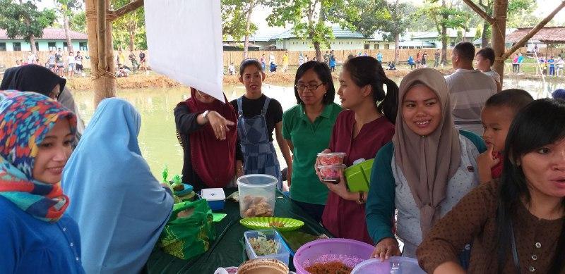 Yonif Para Raider 433 Kostrad Gelar Pasar Takjil Ramadhan