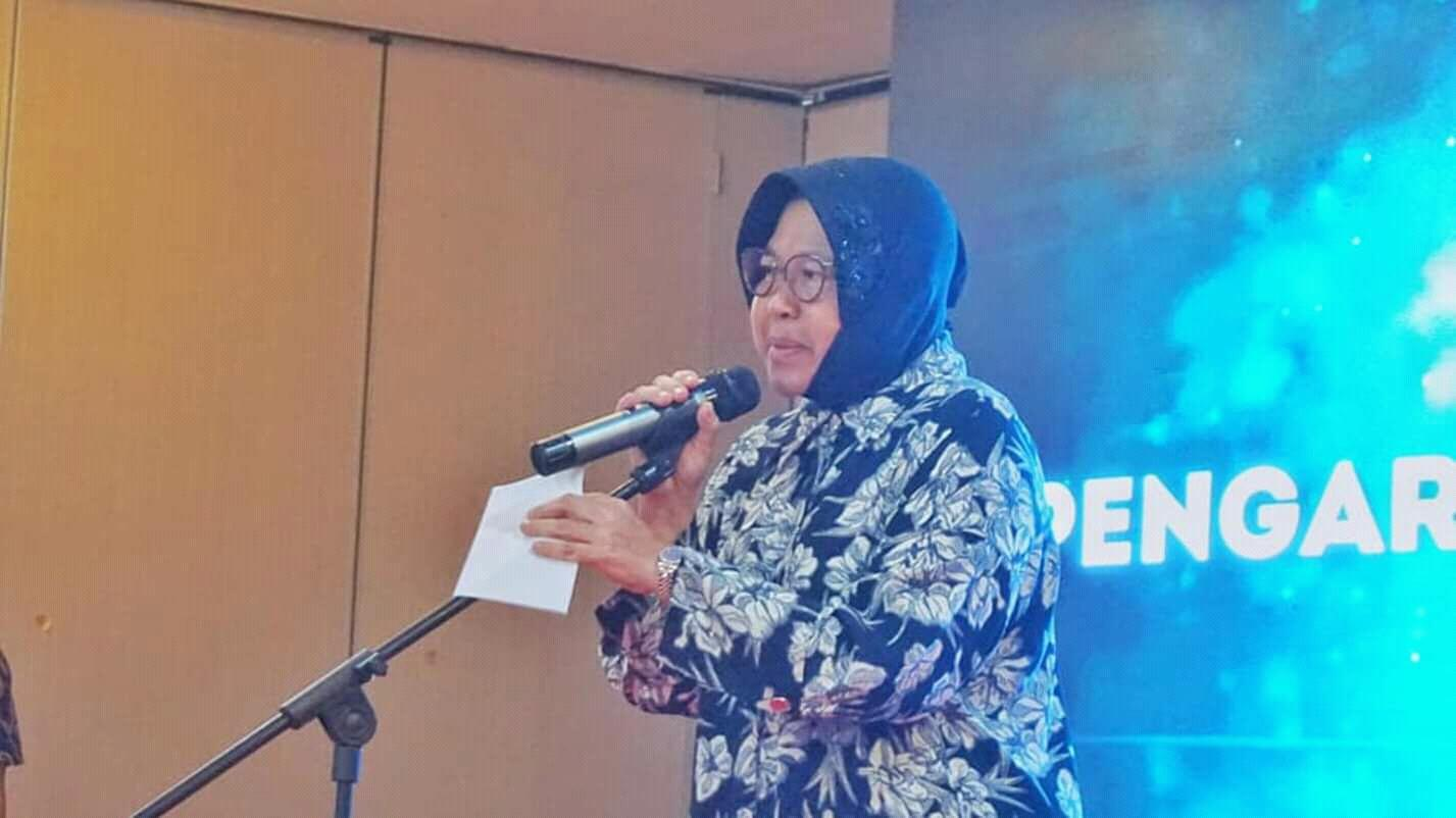 Wali Kota Risma Dorong Pemuda Surabaya Jadi Entepreneur