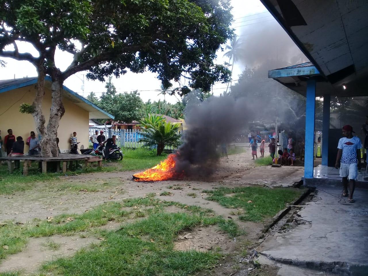 Warga Payahe Demo, Minta PLN Kembalikan Mesin Listrik yang di Pinjam