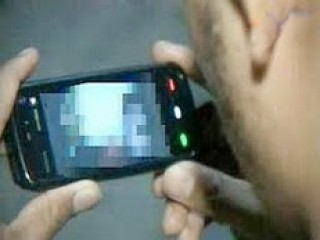 Warga Banyuwangi Dihebohkan Beredarnya Video Mesum Yang di Lakukan Seorang Pelajar