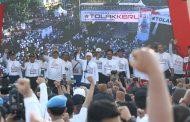 Gubernur Lepas Gerak Jalan Jatim Bersatu di Surabaya