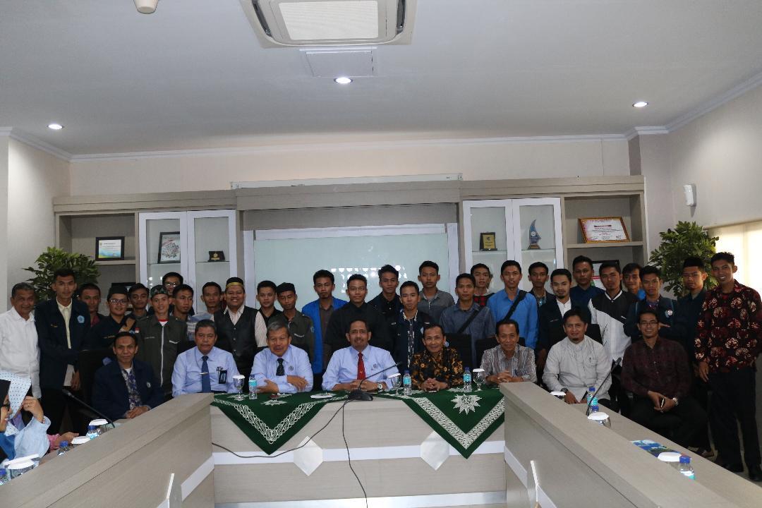 Rektor Terima  Peserta KKN Persyarikatan dan Muballigh Hijrah Unismuh
