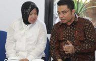 Wakil Presiden Jusuf Kalla Jenguk Walikota Tri Rismaharini di RSU Dr.Sutomo