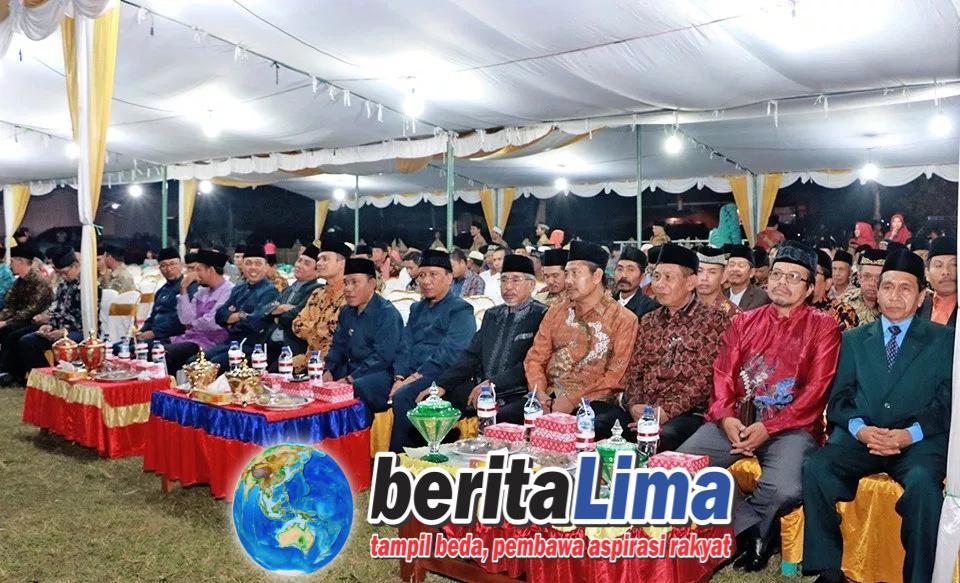 Bupati KSB Membuka MTQ Ke 15 Tingkat Kabupaten Diikuti 341 Peserta Terdiri Dari 8 Kecamatan