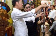 Presiden Ajak Keluarga Beli Batik di Pasar Beringharjo