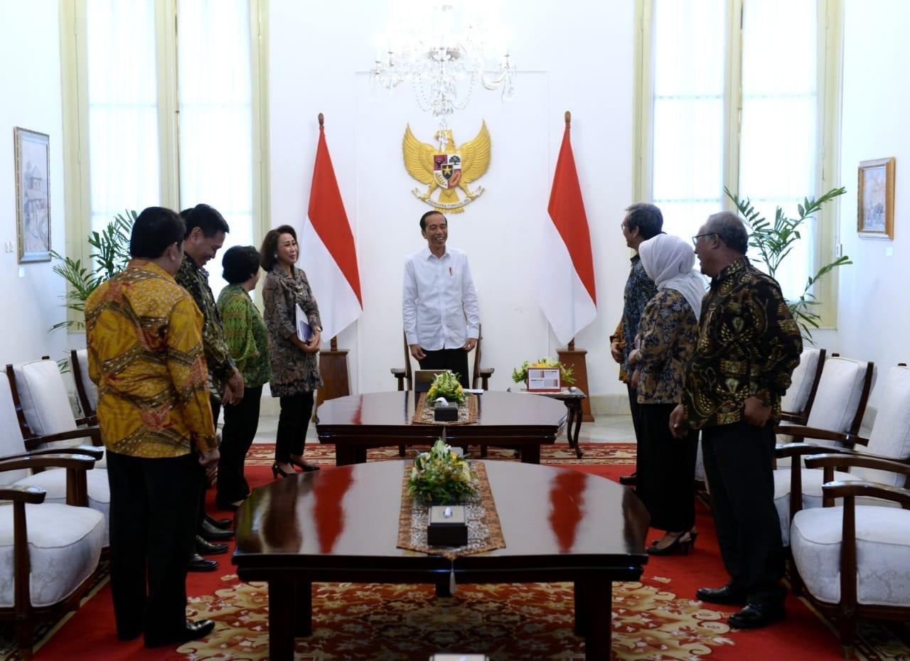 Presiden Jokowi Terima Sembilan Pansel Calon Pimpinan KPK di Istana