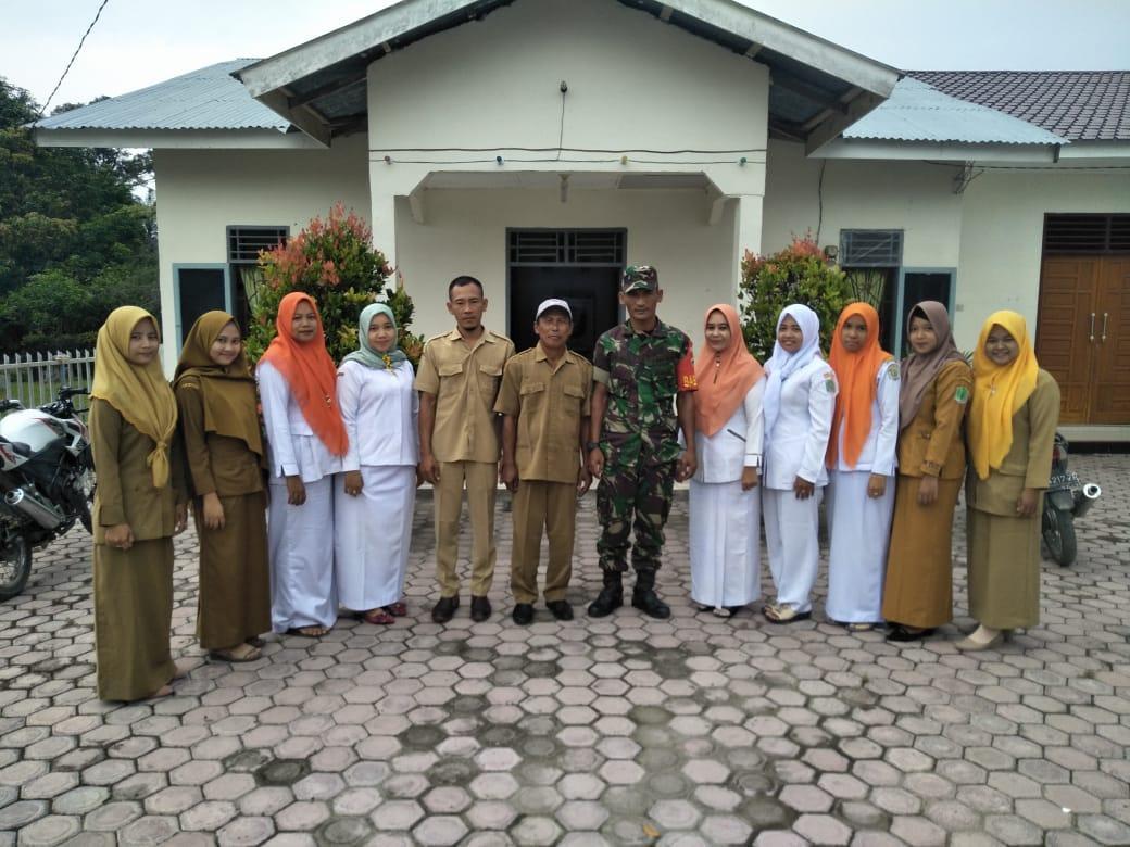 Suasana Idul Fitri Ini yang Di Lakukan Serda Jhoni Di Daerah Binaannya