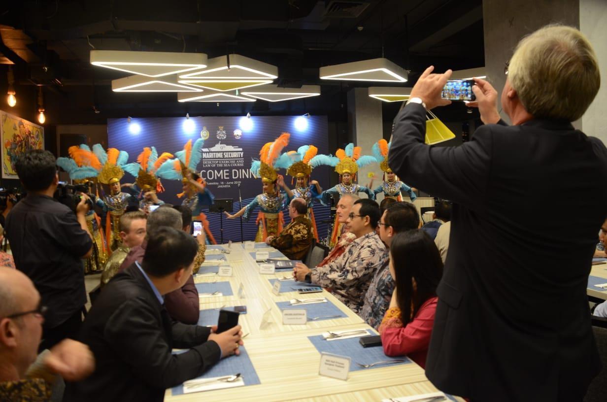 Tari Gebyar Jakarta Memukau Peserta MSDE Dari Manca Negara