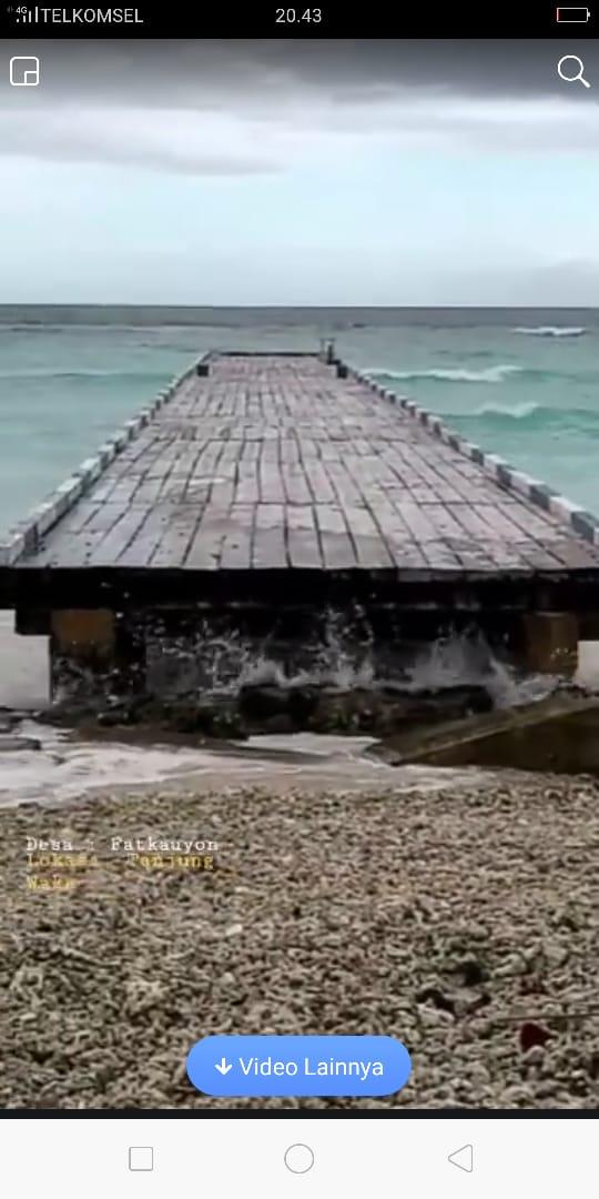 Proyek Tambatan Perahu bernilai 600 juta ambruk, warga ...
