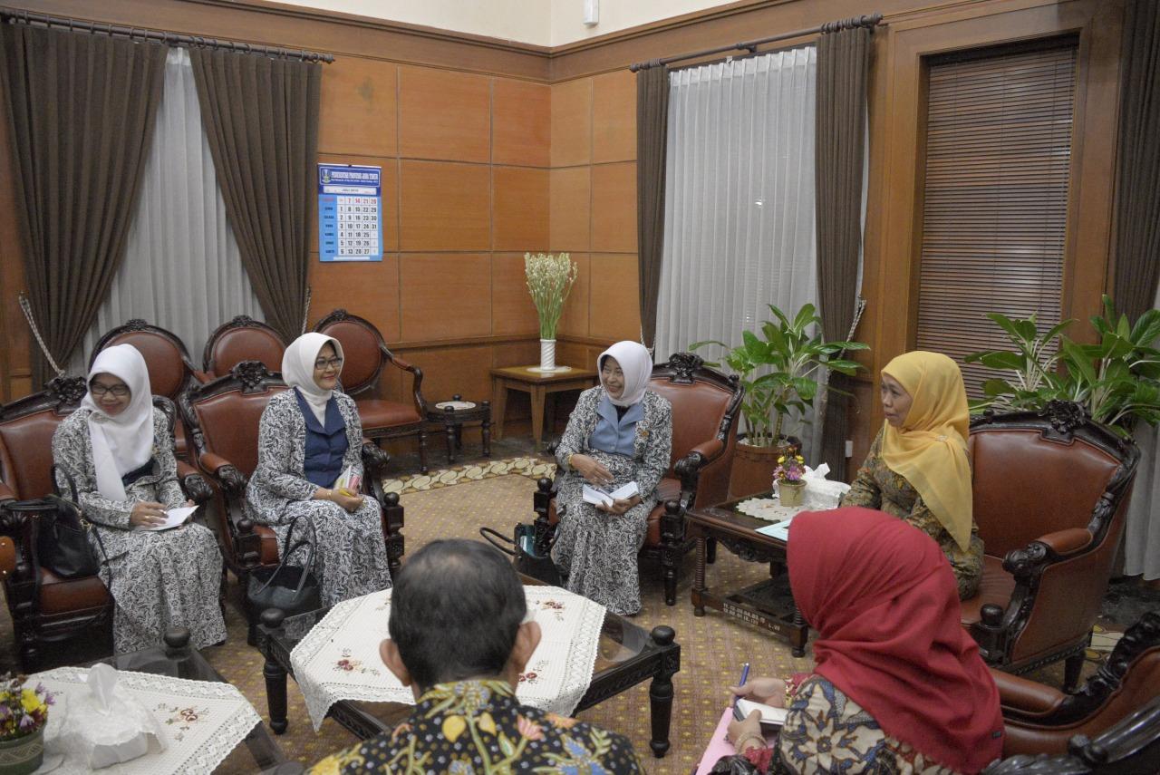 Gubernur Khofifah: Pemprov Jatim Gandeng IBI Untuk Turunkan AKI dan Stunting di Jatim