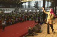 Gubernur Khofifah : Festival Terang Merupakan Ajang Transfer Of Attitude  Antara Orang tua dan Anak