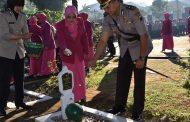Polres Wonosobo Isi HUT Bhayangkara Ke-73 dengan Ziarah dan Tabur Bunga di TMP