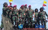 Panglima TNI Uji Coba tembakan Tank BMP-3F Saat  Latihan Perang Armada Jaya XXXVII di Situbondo