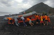 SPKKL Bali Bakamla (IDNCG) Temukan dan Evakuasi Dua Nelayan Hilang