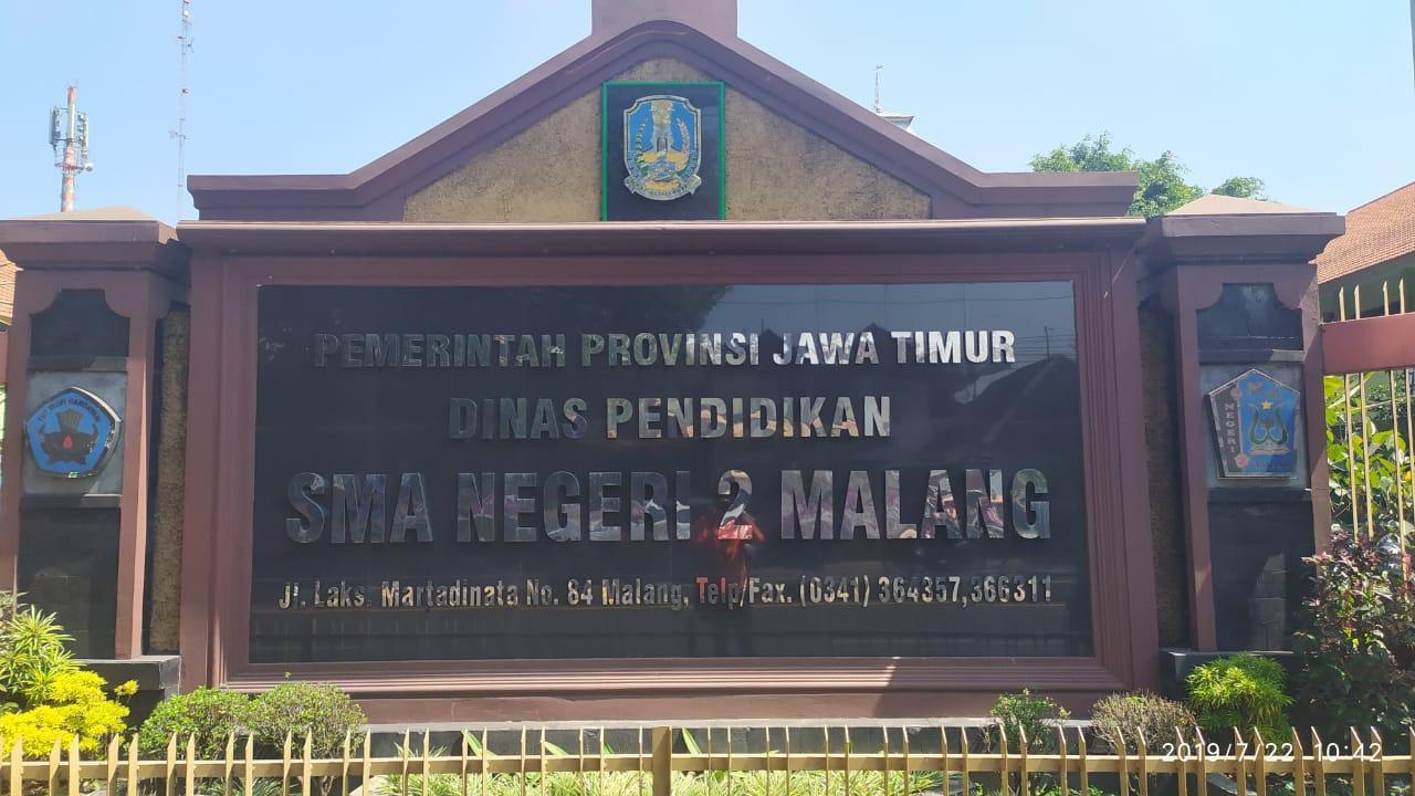 SMAN 2 Kota Malang Tahan Ijazah Siswa ?