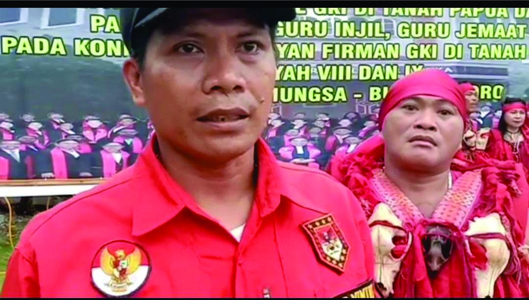 Laskar Manguni Indonesia Bangga Kawal Pendeta GKI Masuki Konven