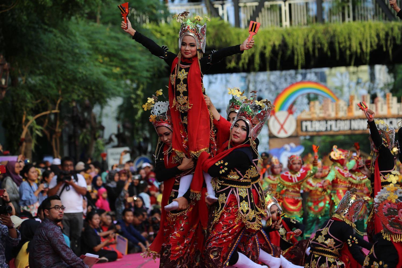 Meriahnya Festival Yosakoi dan Gebyar Tari Remo yang Jadi Pembuka Mlaku-mlaku Nang Tunjungan