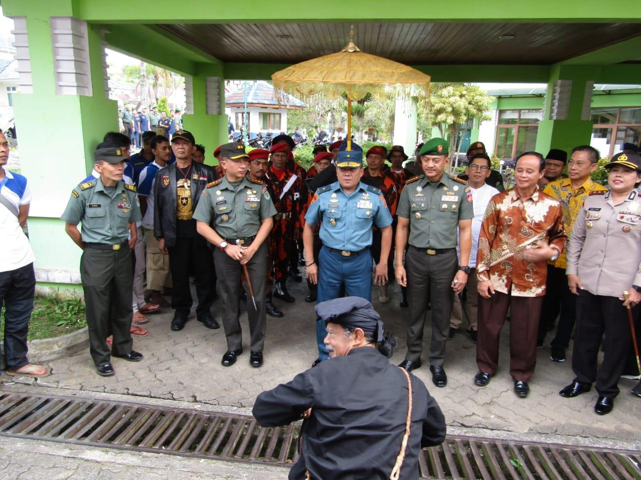 Aster Panglima TNI :  Aksi Bela Negara Tingkatkan Ketahanan Pangan Masyarakat