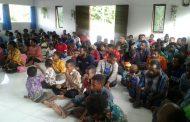 Satgas TMMD Ke-105 Ibadah Gereja Bersama Warga