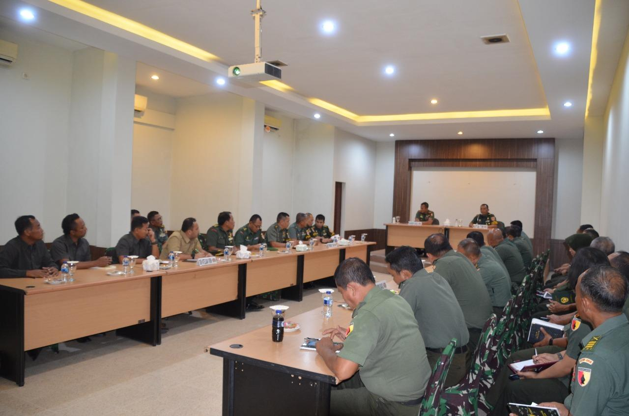 Tim Curren Audit Itjenad Kunjungi Korem 084 Bhaskara Jaya