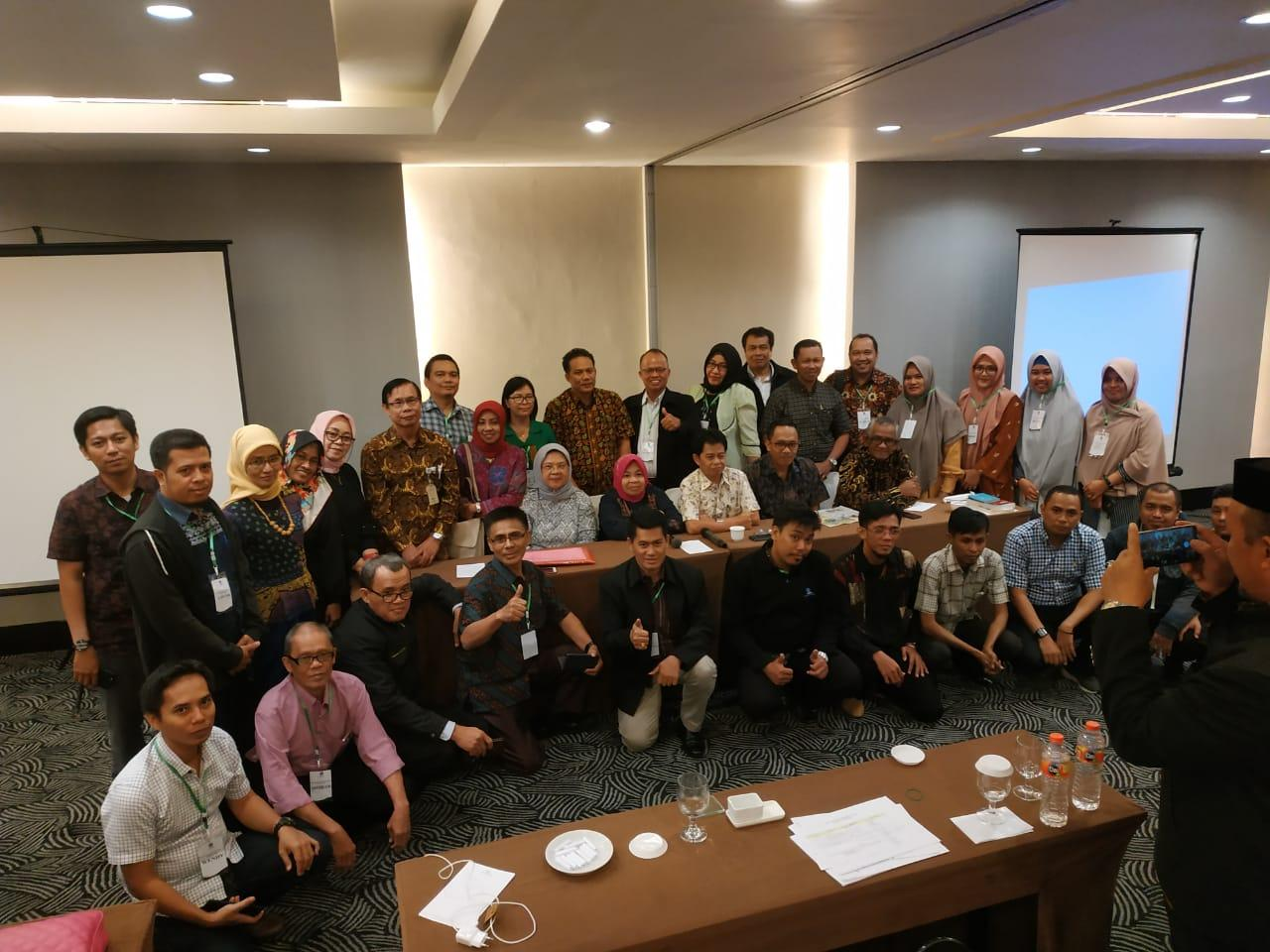 UPBJJ UT Makassar Setiap Semester  Libatkan 350-400 Tenaga Tutor