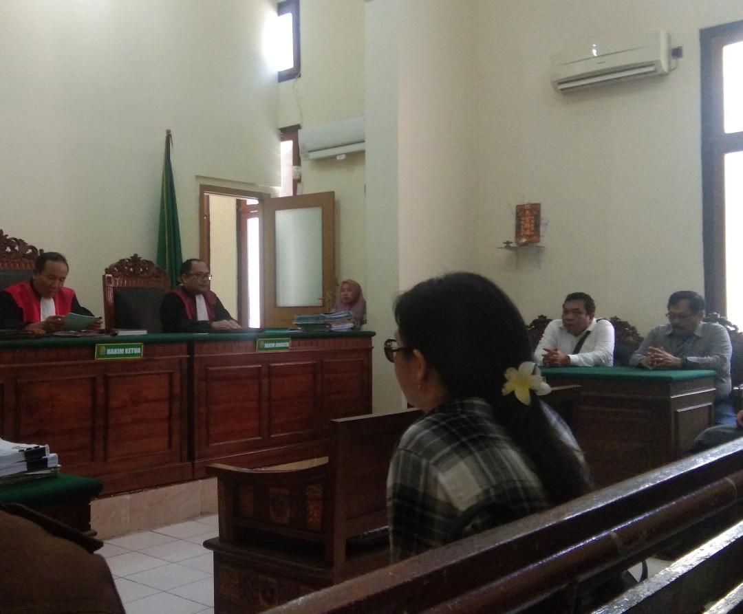FRL Banding, Kecewa Dengan Putusan Cerai PN Surabaya