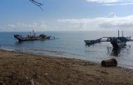 Para Pencari  Ikan Julung  Minta Bantuan Mesin
