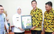 IPM Palembang Anugerahkan Fitrianti Agustinda Sebagai Tokoh Inspiratif Perempuan