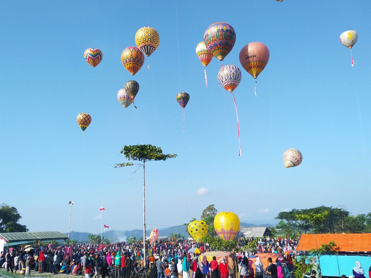 Festival Balon Udara dan Jalan Sehat Isi Kemeriahan Peringatan HUT RI Ke-74 di Sumberdalem