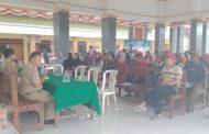 Ikut Siaran Langsung Program Desa, 2 Calon Kades Plampangrejo Disoal Warga