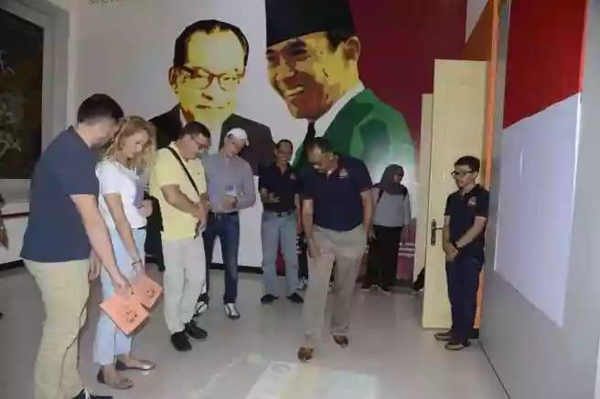 Wakil Ketua BPK Dampingi Delegasi NIK Polandia di Museum BPK Magelang & Yogjakarta