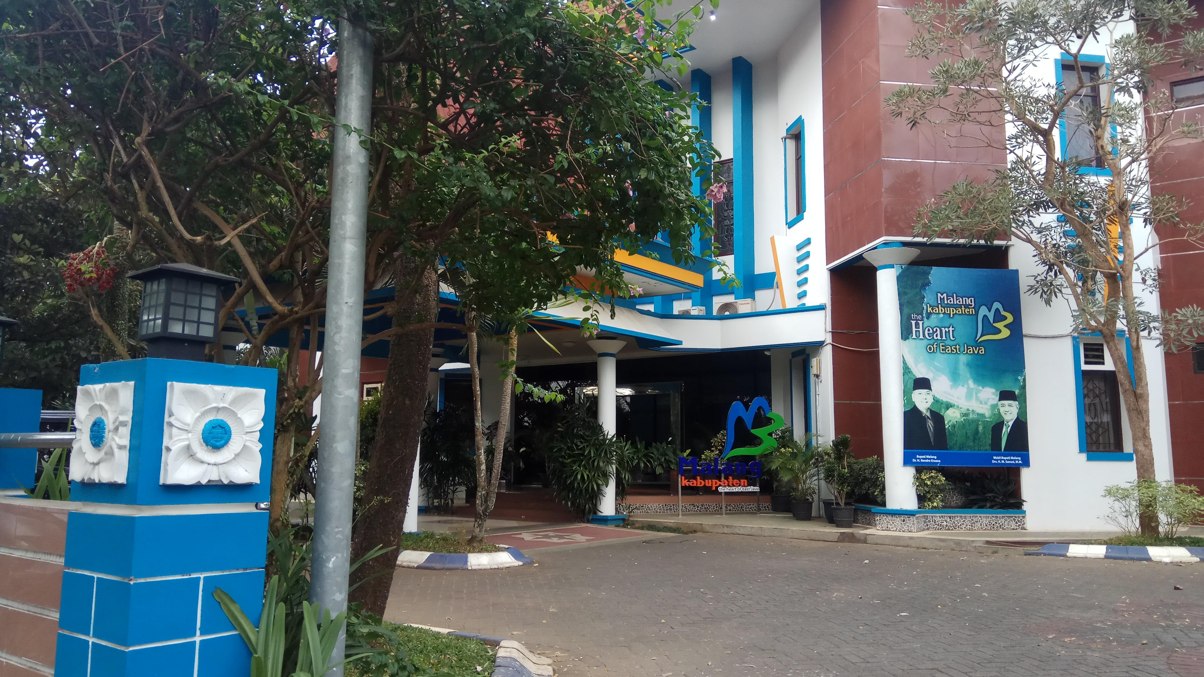 Diduga Terima Fee 17 Persen, DPUBM Kabupaten Malang Membantah