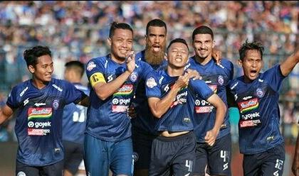 Menang Telak Arema FC Pesta Gol