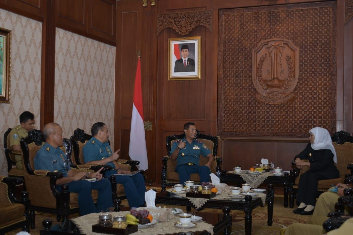 Komandan Lantamal V CC Gubernur Jatim dan Paparan Karya Bakti TNI AL