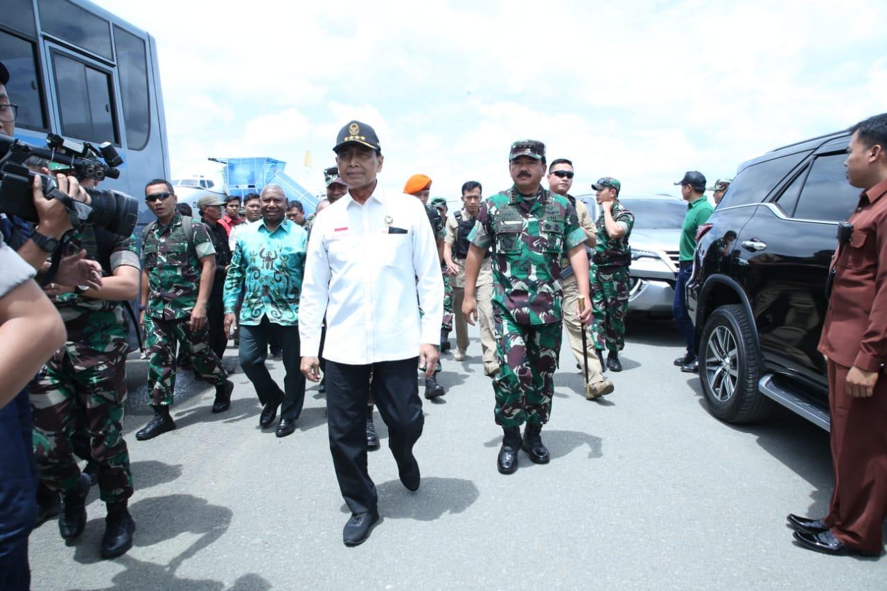 Berita Foto : Panglima TNI Kunjungan Kerja ke Papua