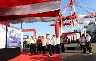 Presiden Jokowi Tinjau Aktivitas Pelabuhan Tenau di Kupang