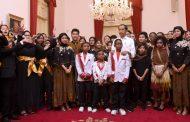 Presiden Jokowi Sapa Talenta-Talenta Muda di Istana