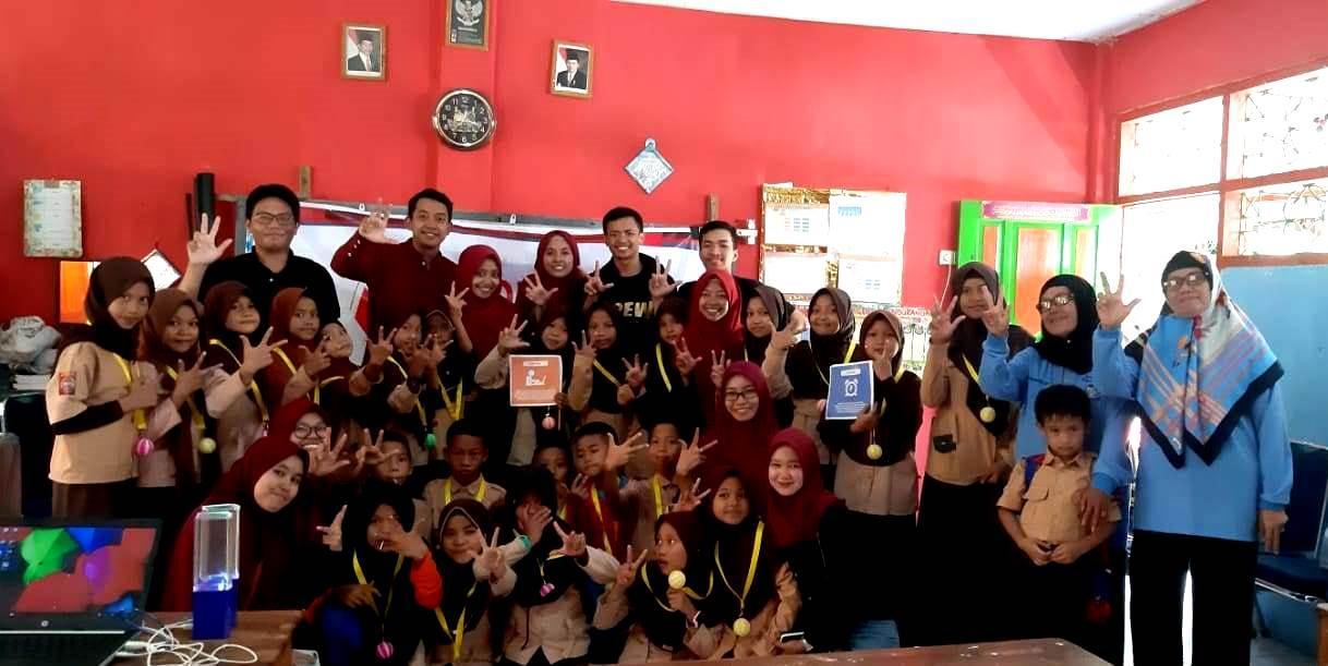 Indonesian Youth Generation laksanakan Edugreeneration di Sekolah Dasar